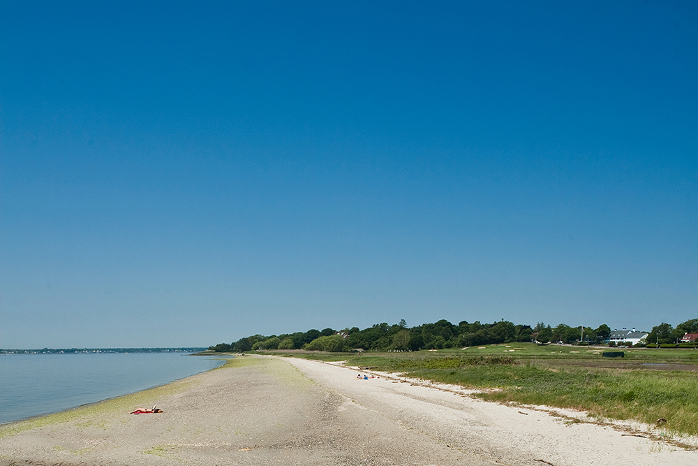 Photo of Tillinghast beach.